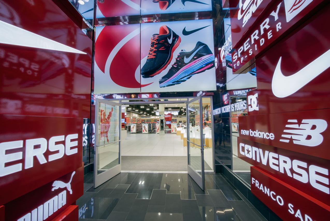 Famous Footwear Tricarico
